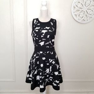 Banana republic size 8 tall fit and flare dress